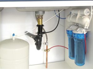 Монтаж фильтра питьевой воды