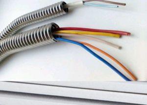 Прокладка провода в гофре или ПНД
