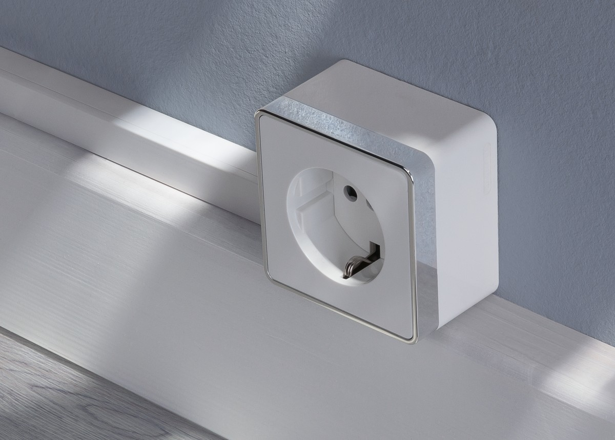 gallant-white-socket-1-x-photo